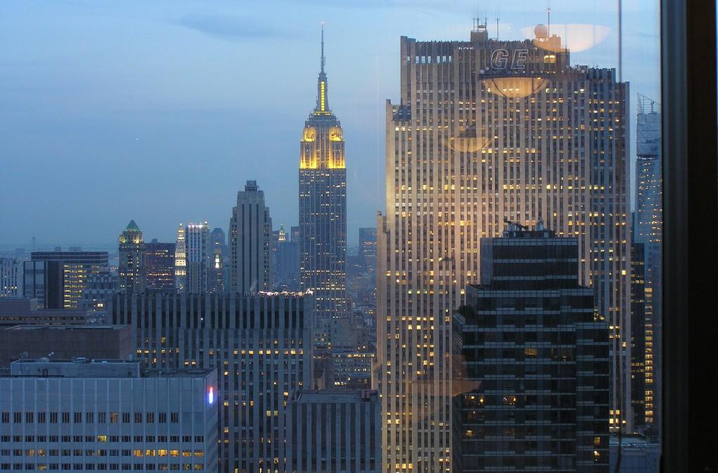 Stadsleven: Bijna nergens brandt een lichtje